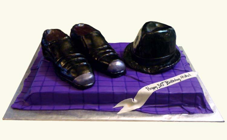 fedora_and_shoes_cake.jpg
