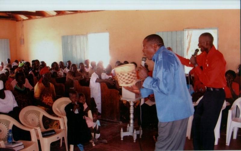 Pastor_Amos_1.jpg