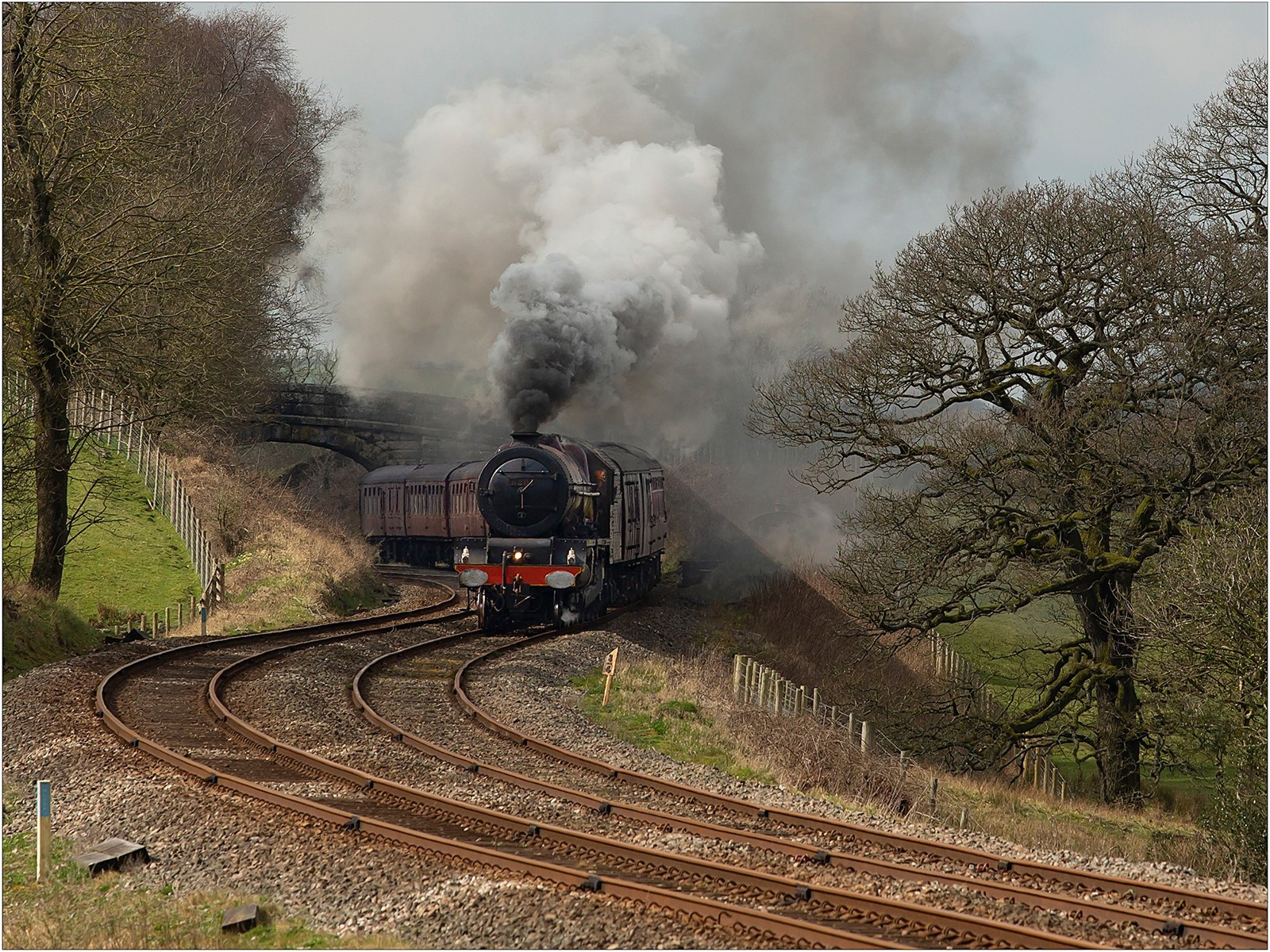 6201 Princess Elizabeth powering round the bends near Clapham