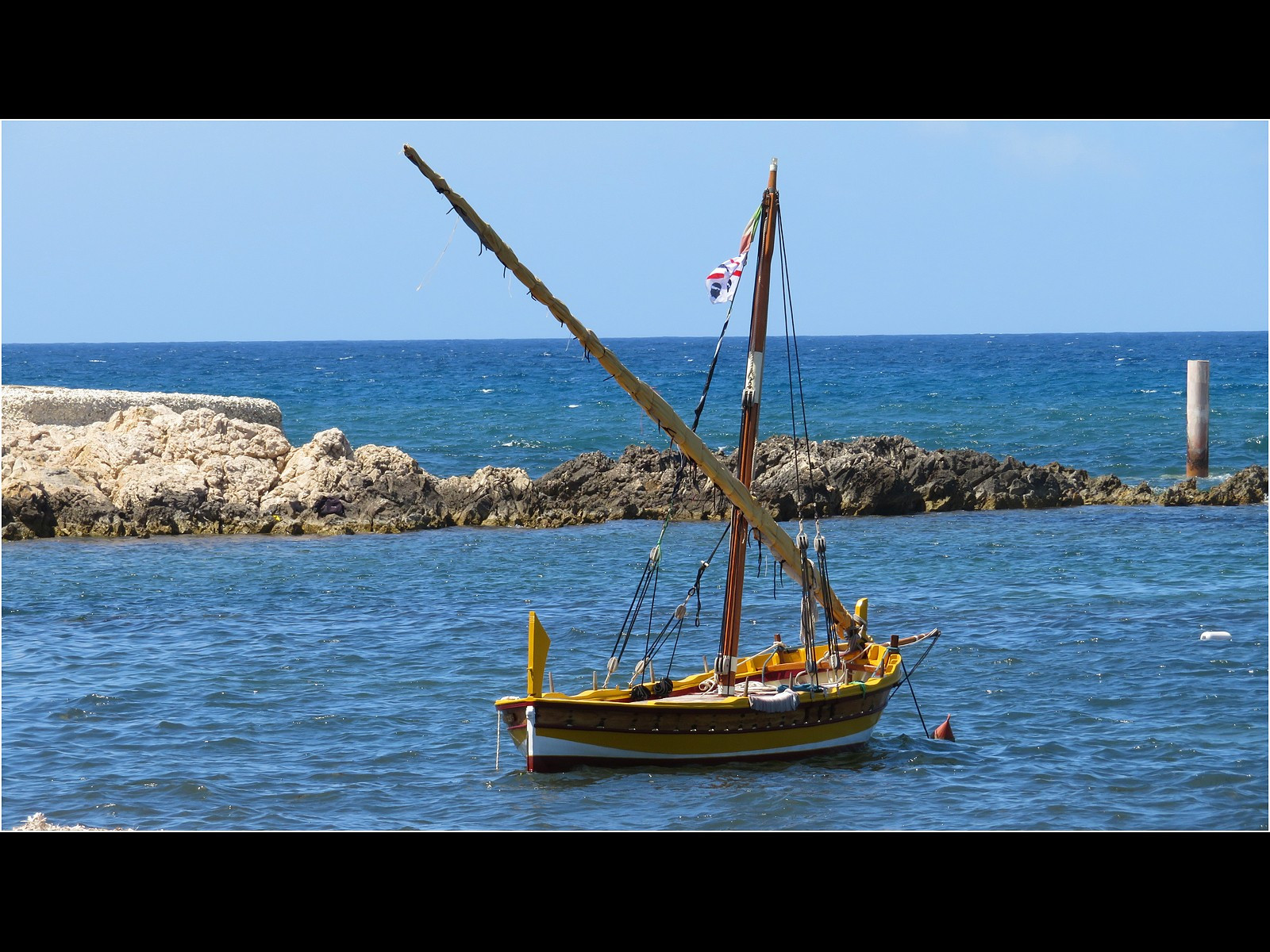 Traditional Lateen rigged boat