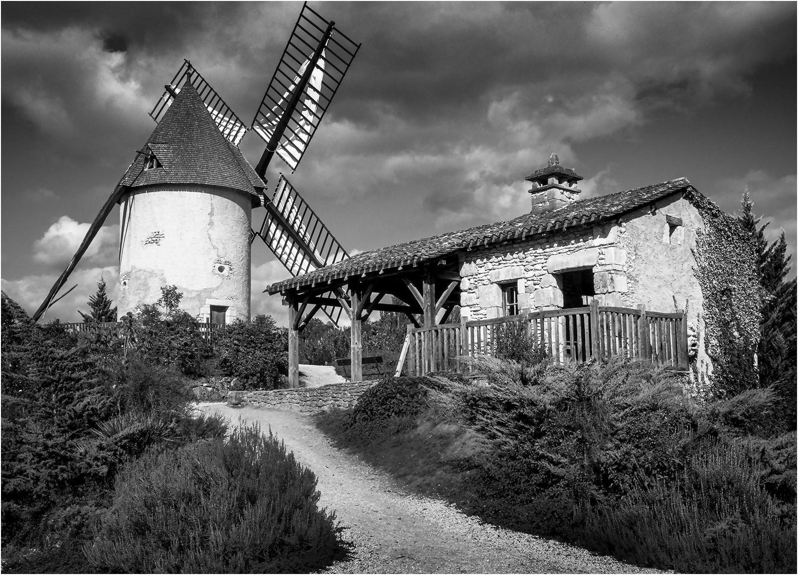 12.Working Windmill