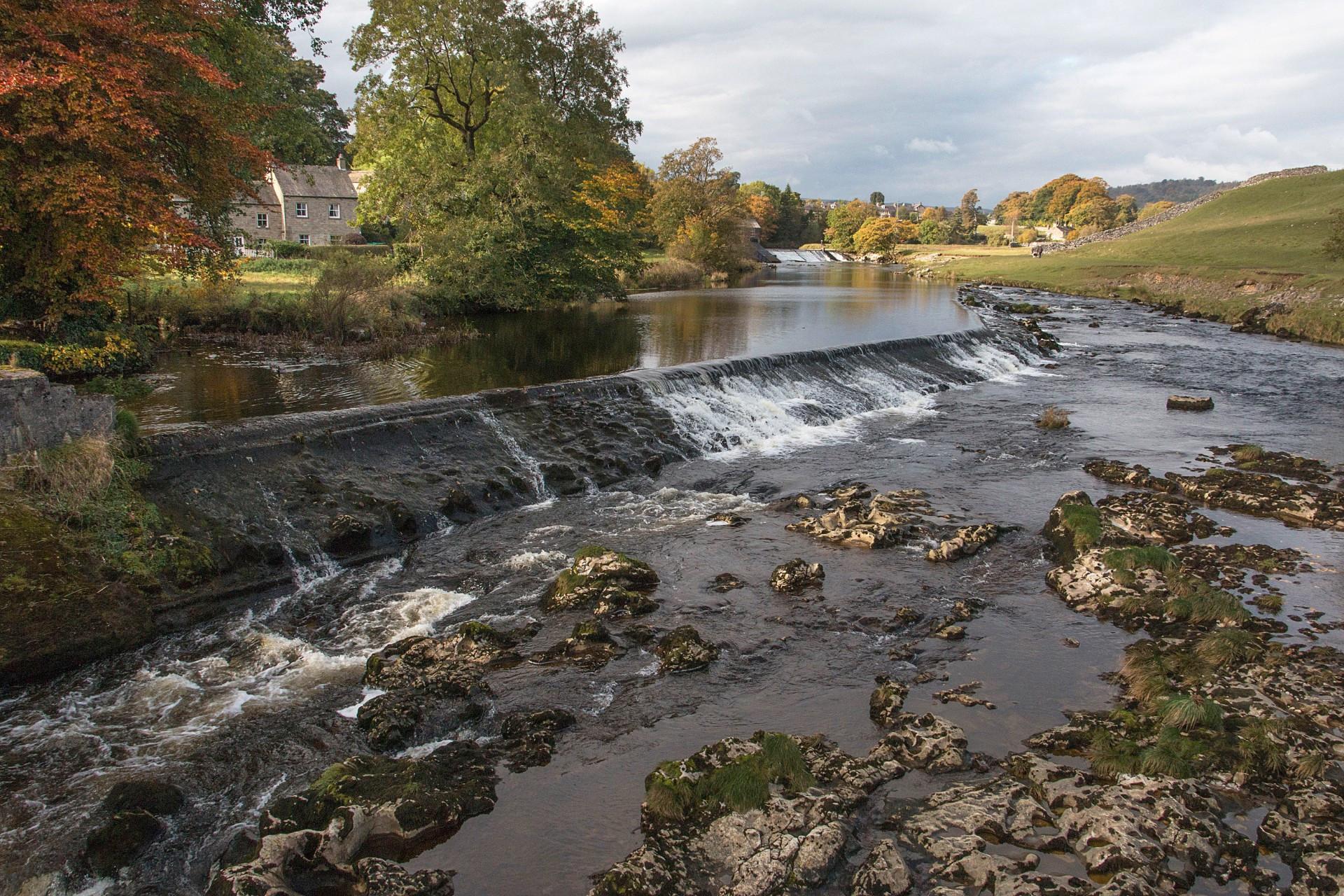 Weir River Wharfe Linton