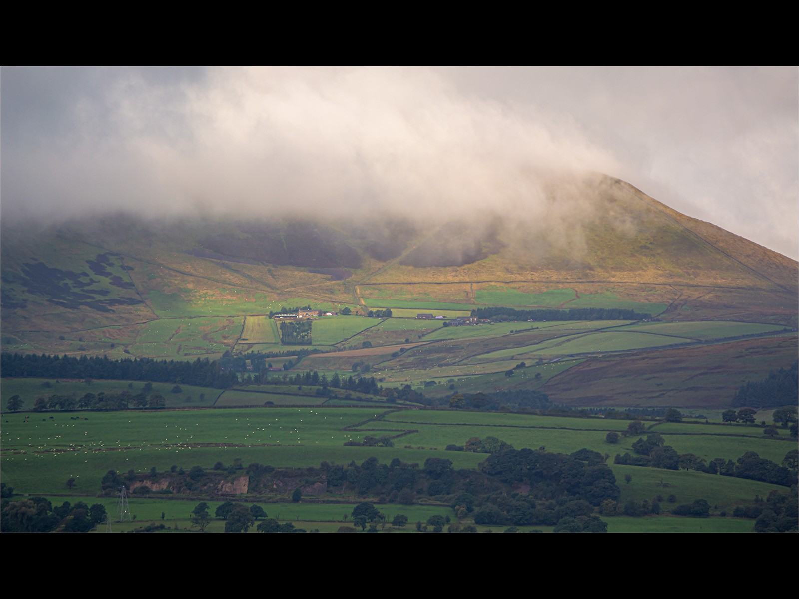 Low laying cloud on Pendle   Hill