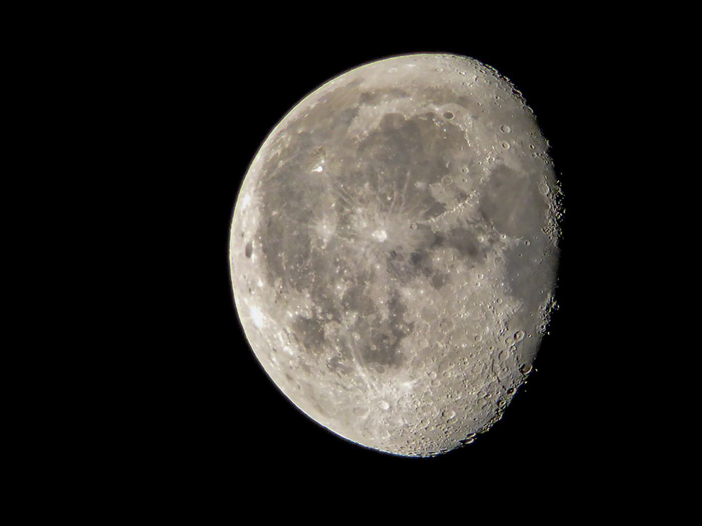 Waning gibbous 20th August 2019