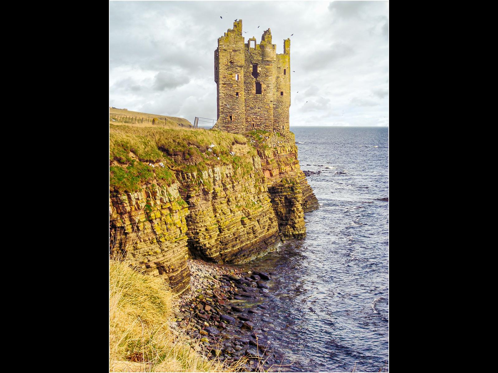 7.Castle on a Rock