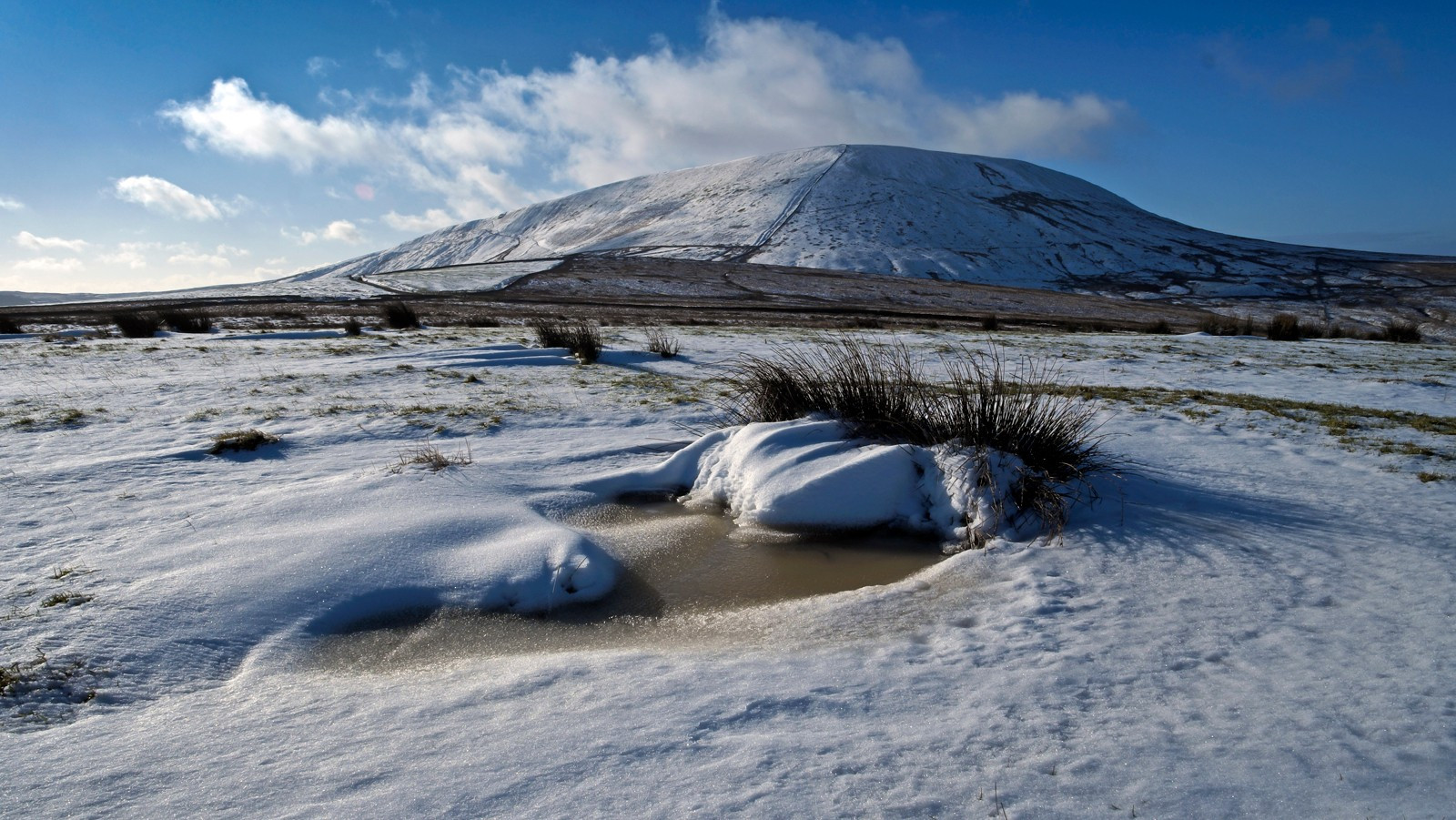 7.Pendle Hill in winter