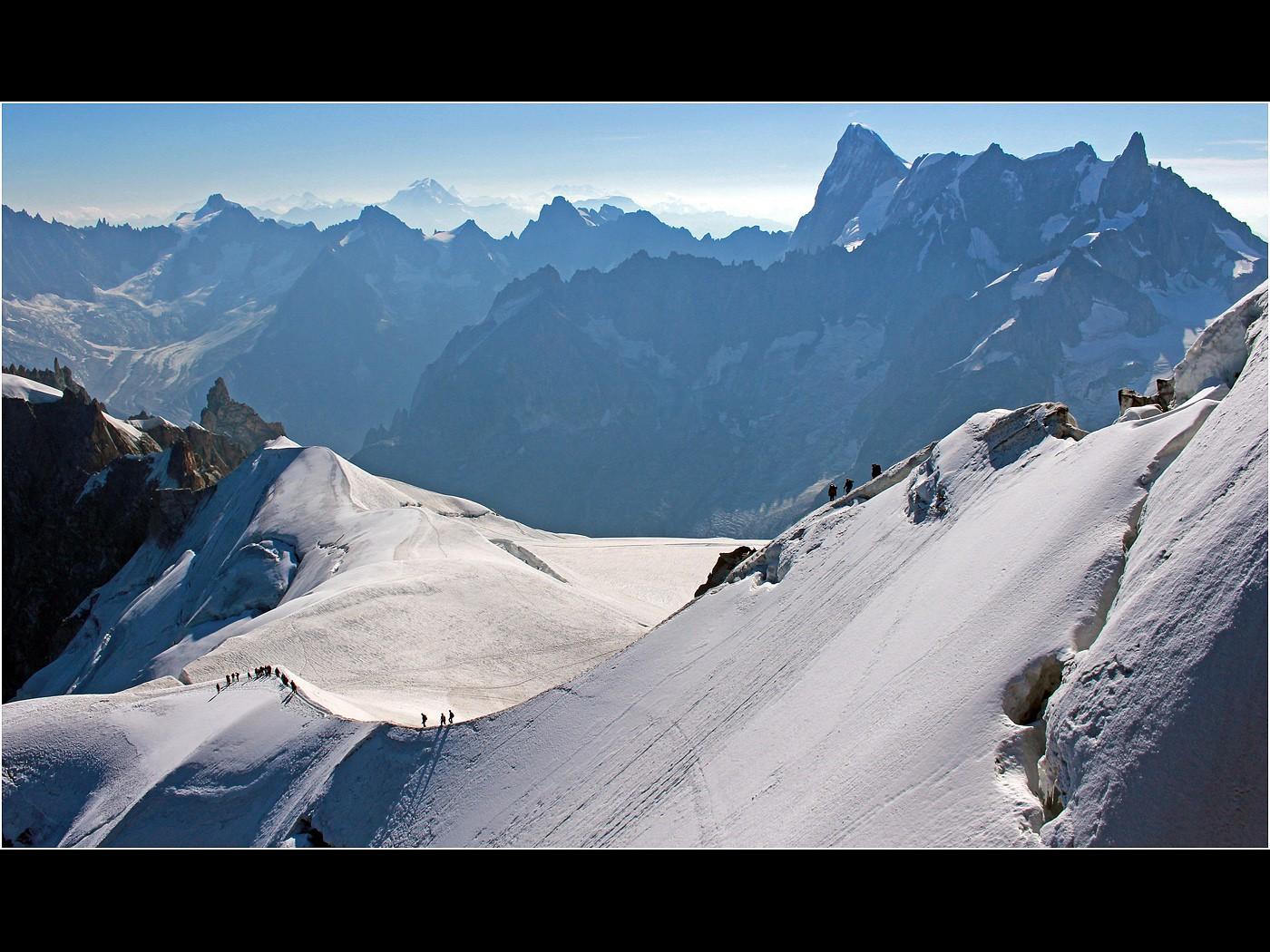 Snow Ridge on the Aiguille du Midi  Chamonix