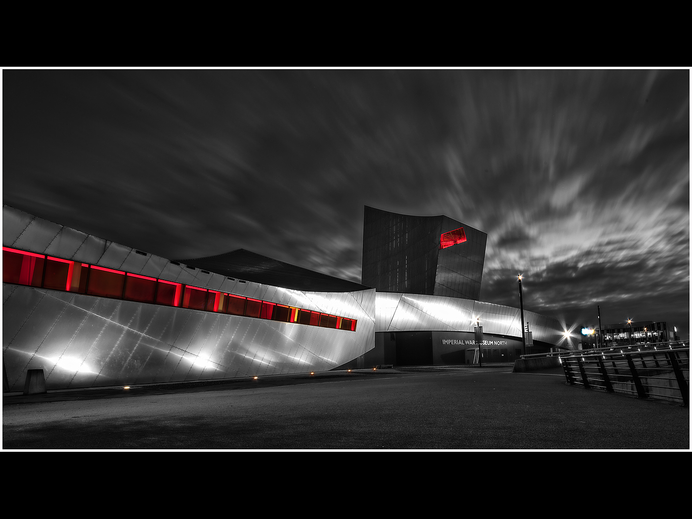 Imperial War Museum at Night