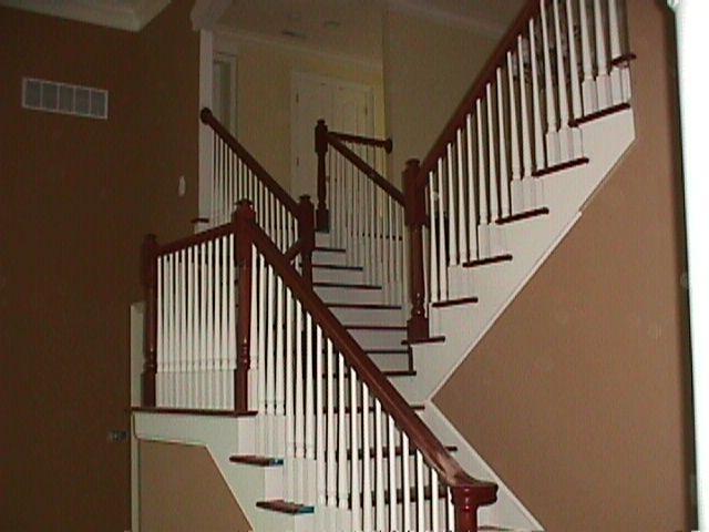 Stairs_in_Delaeare_2003_04.jpg