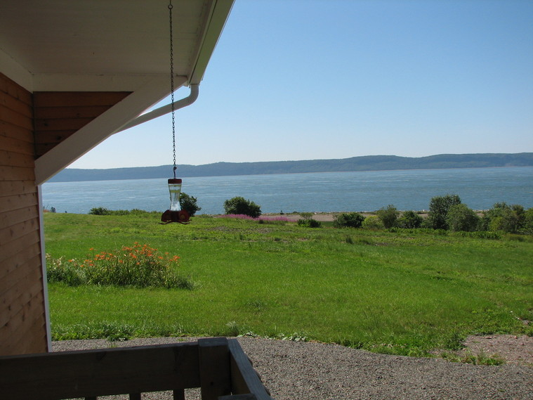 Ohana Cottage, Accommodations in Parrsboro, Nova Scotia