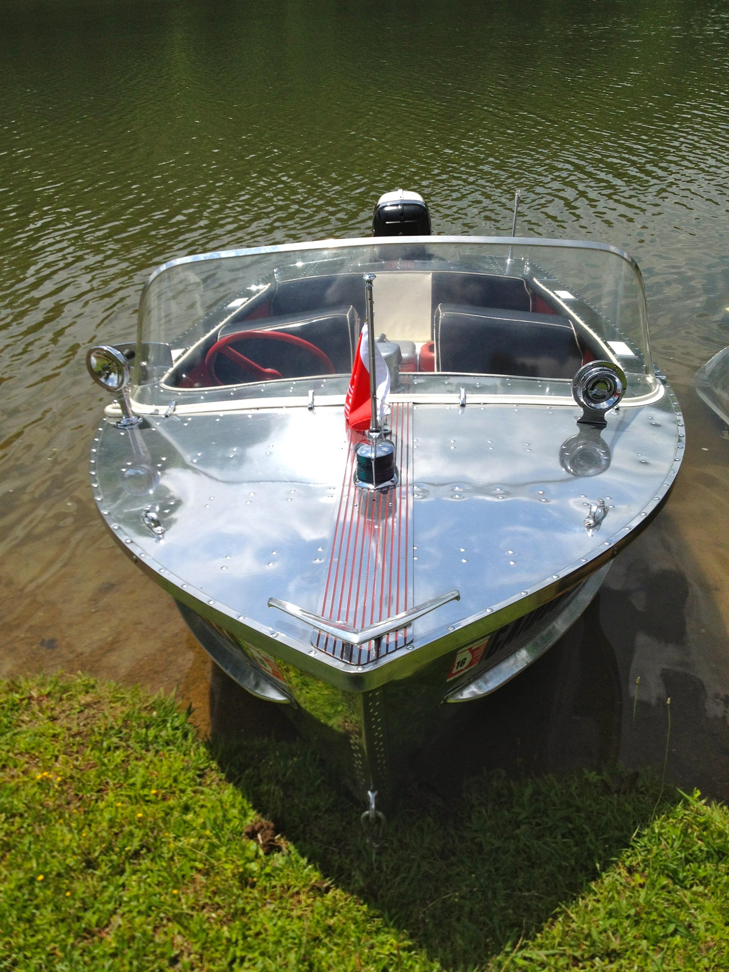 IMG_5049_cadillac_boat.jpg