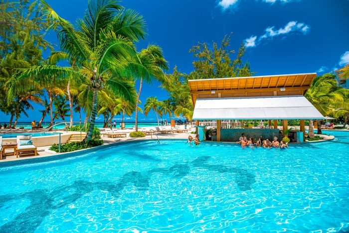 barbados sandals pool